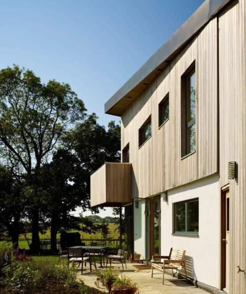 The backgammon house with smart windows